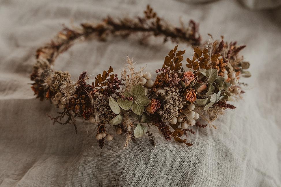 Dried lwer floral crown