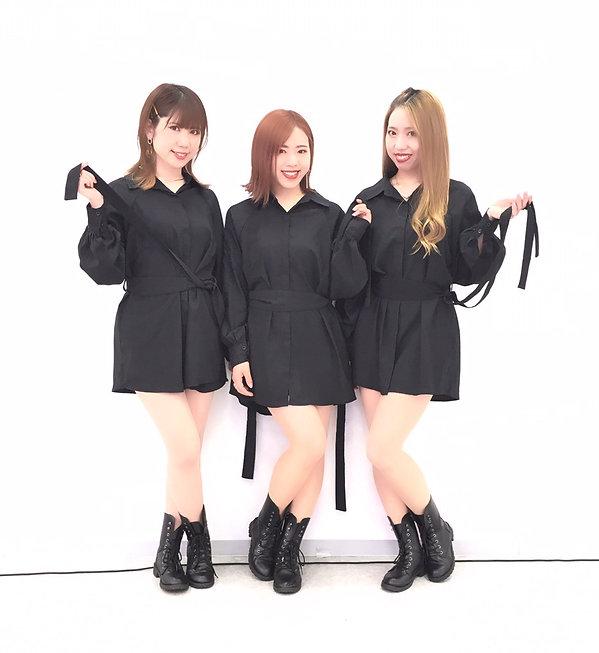 三姉妹ダンスボーカルユニット三姿舞