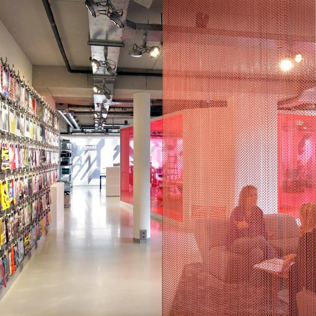 Frame Publishers / lounge area