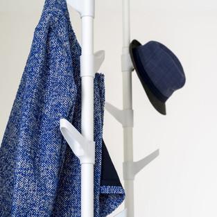 Slide / coat stand
