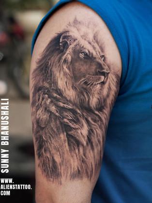 realistic-lion-tattoo-insta.jpg