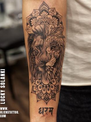 Lion-Geometric-Tattoo-Dharam-Tattoo-inst
