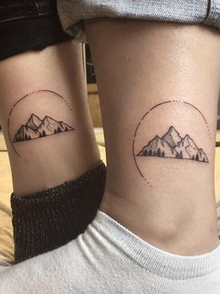 dotwork-mountains-couple-tattoo