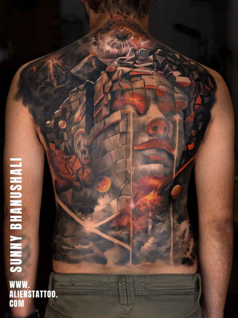 088-realistic-back-piece-tattoo.jpg