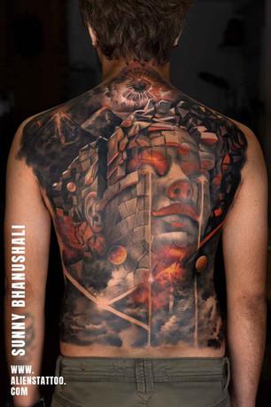 088-realistic-back-piece-tattoo.jpg