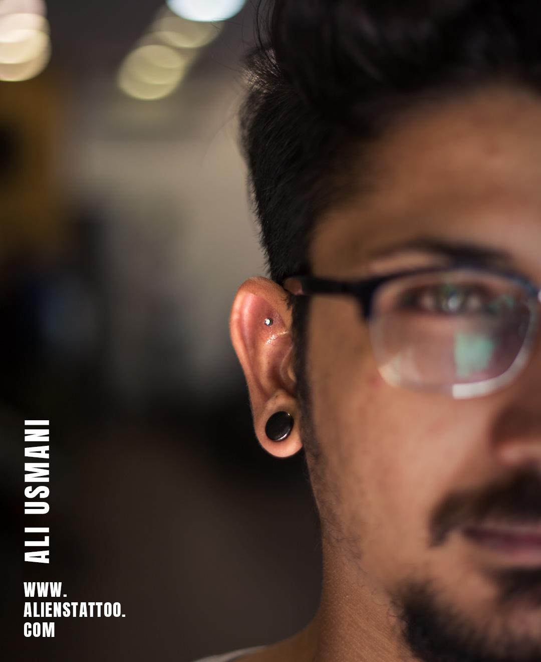 SHEN MEN EAR PIERCING