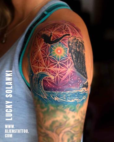 carlee-diving-girl-tattoo-100kb.jpg