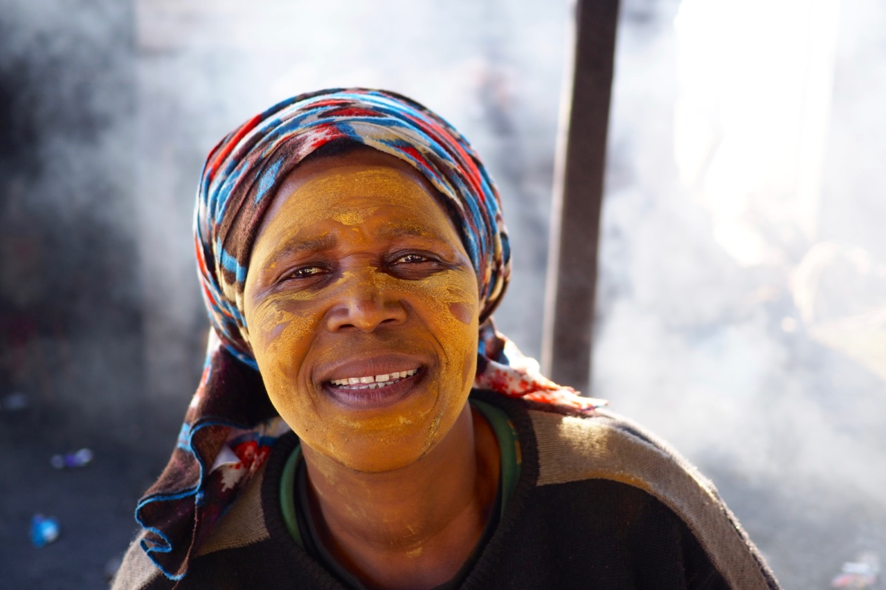 Smiley Vendor | Langa