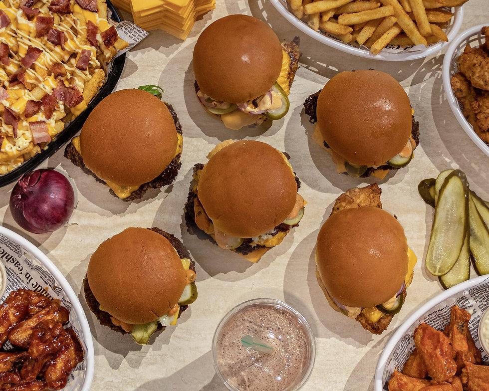 BurgerRoom_Hero_2880x2304.jpg