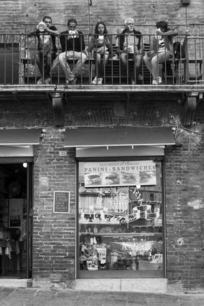 Siesta in Siena.jpg