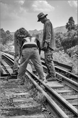 Railworkers.jpg
