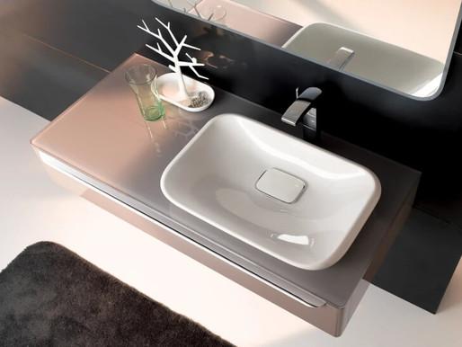 З якого матеріалу вибрати раковину у ванну кімнату?