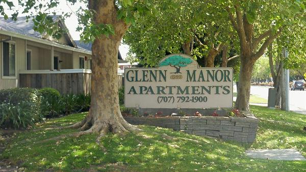 glenn manor property sign