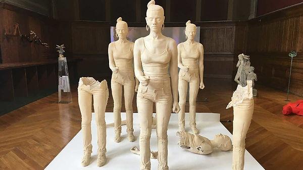 cda19_gb_palais_ba_sculptures-tt-width-9