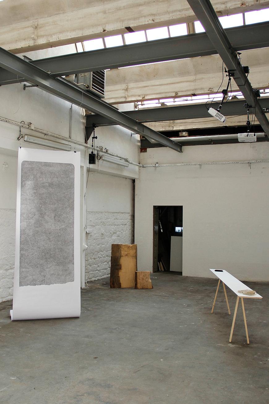 Vue droite de l'exposition 701294 de Chedly Atallah