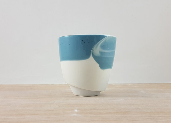 Mug en porcelaine, coloris bleu