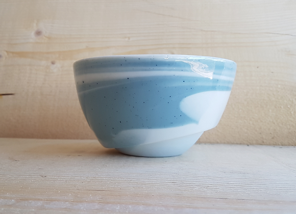 Petit saladier en porcelaine, coloris bleu