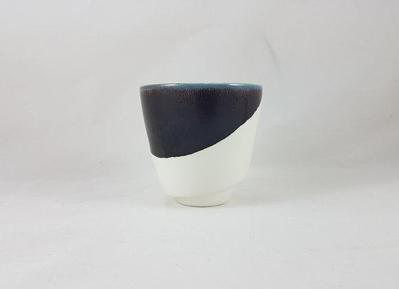 Mug en porcelaine, émail noir