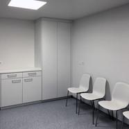 Wartezimmer (PVC-Boden)