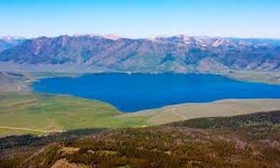 henrys lake 1.jpg