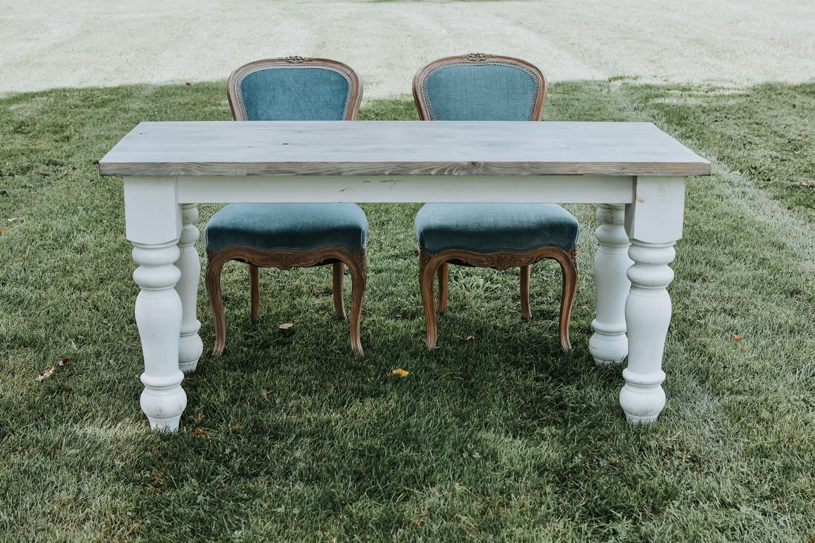 Ophelia Sweetheart Table