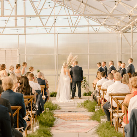 Why Friday Weddings Are a Great Option