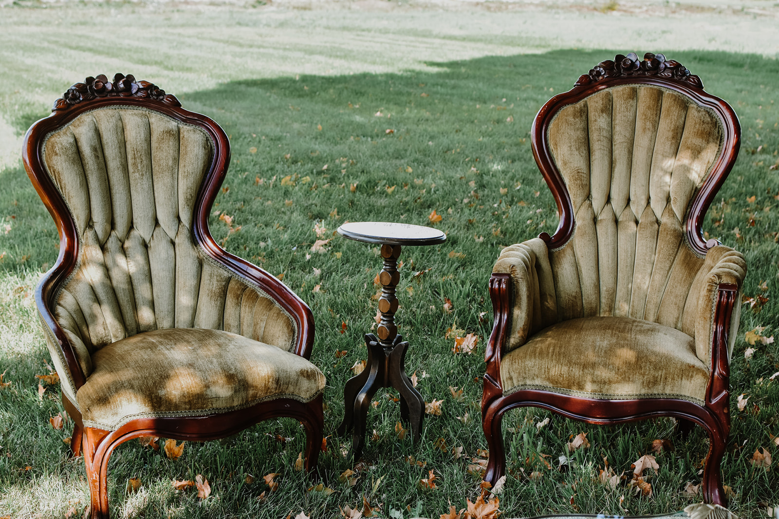 Eveline Chair Set