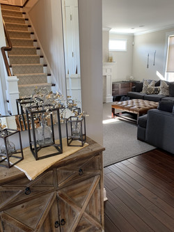 stair-runner-in-mirror-scaled