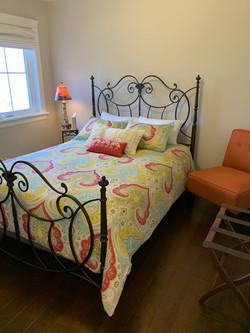 spare-bedroom-hardwood-flooring-scaled
