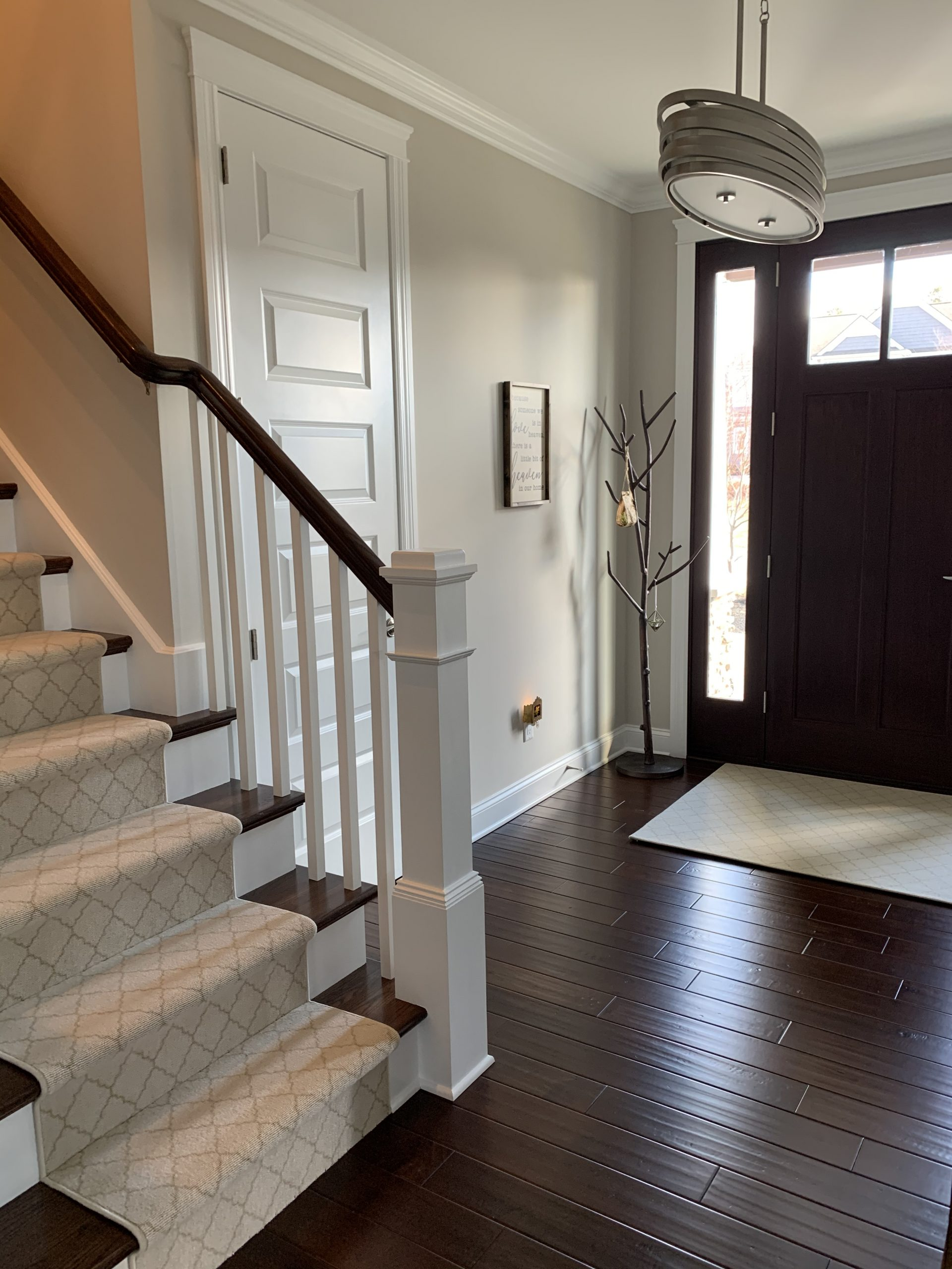 entryway-hardwood-floors-carpet-runner-m