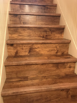 wood-flooring-stairs-scaled