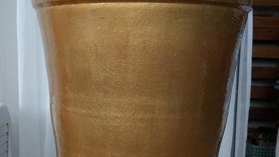 vaso cone dourado