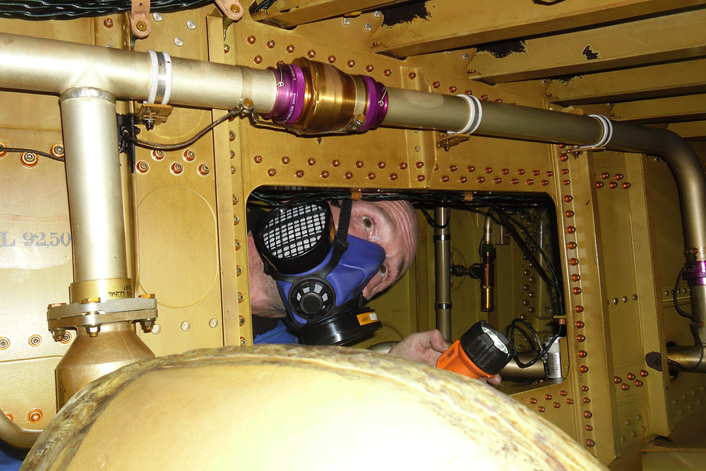 Fuel Tank, Technician, AOG