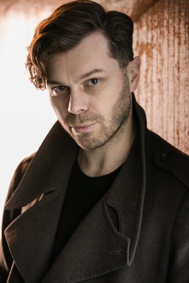 Mark Finbow - Actor