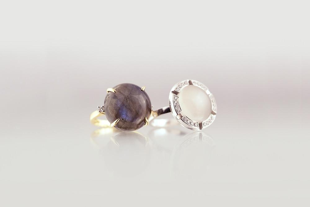IRIS pierre de lune et labradorite, bague Chaumet signée et numérotée. ref.P09 à vendre sur nogenderbijoux.com