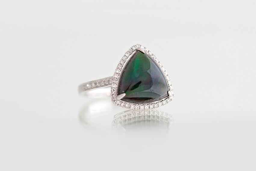 Mysterious Opal, mystérieuse opale