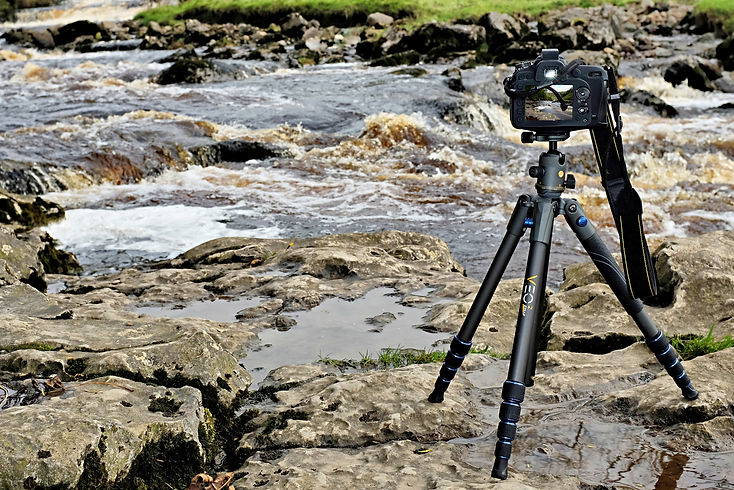 Vanguard VE02 235AB tripod at Ingleton Falls - Review