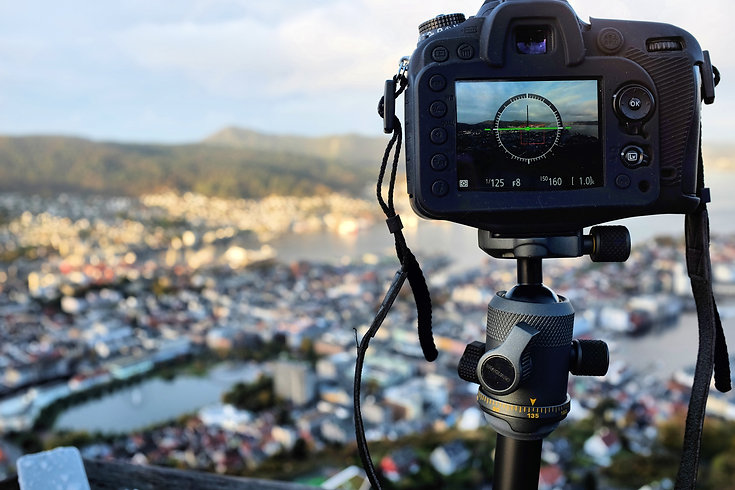 Vanguard VEO2 tripod at Bergen Norway - Review
