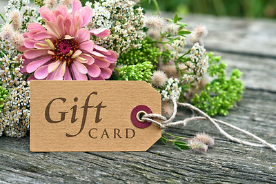 pink flowers with gift card/gift card/en