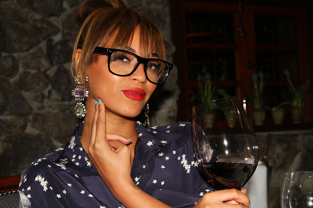Beyonce in Glasses
