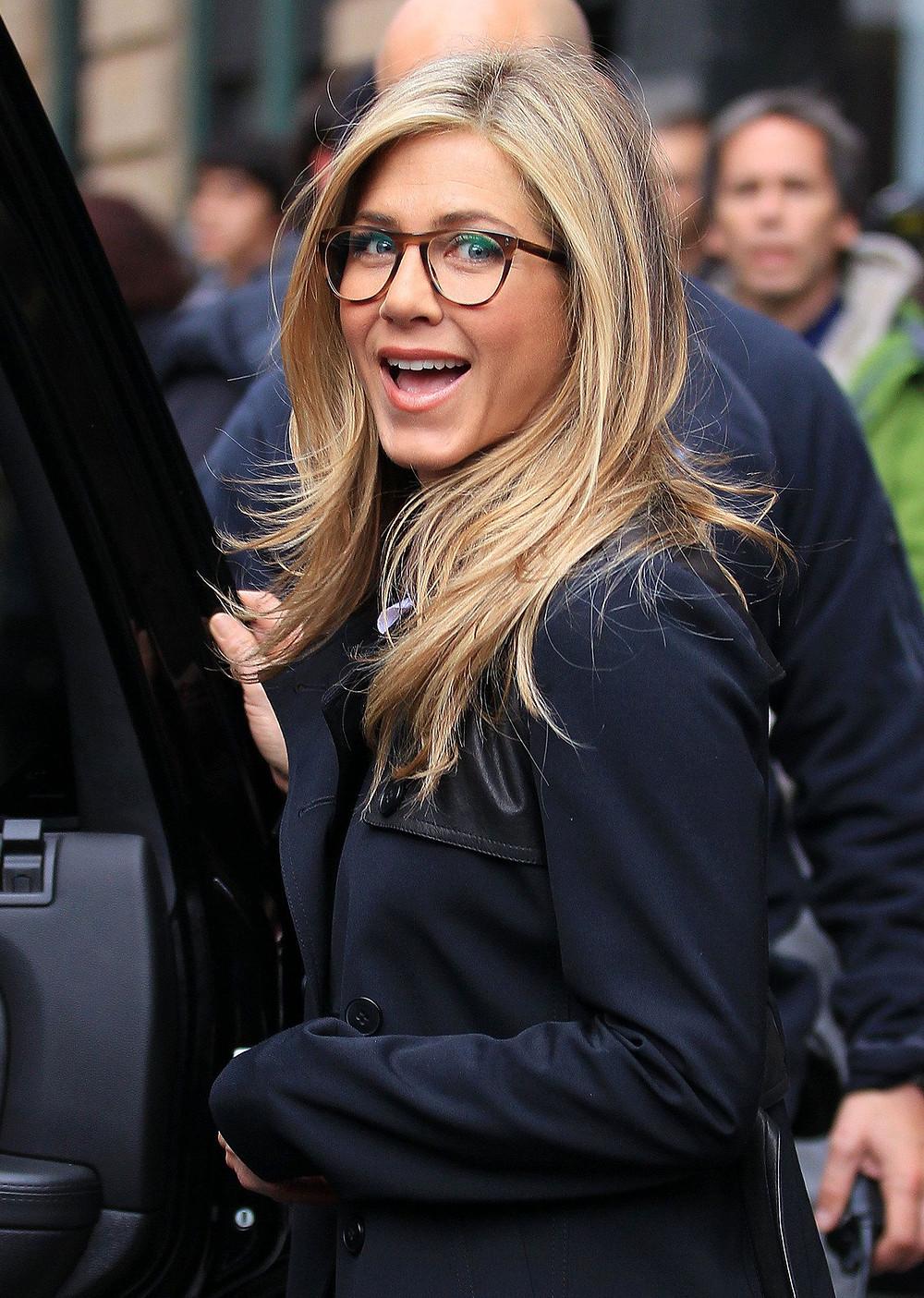 Jennifer Aniston in Glasses