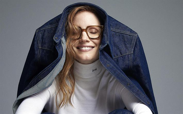 Jessica Chastain Glasses
