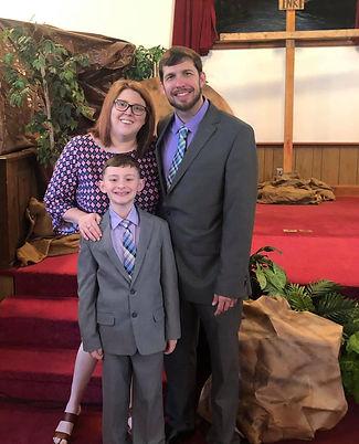 Pastor & family Easter 2019_edited.jpg