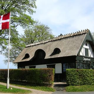 Flag at Jaegerhuset.jpg