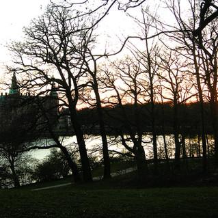 Frederiksborg Castle at sunset spring.jp
