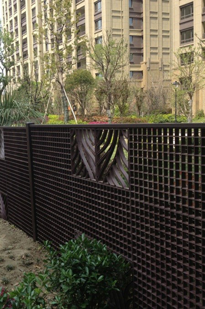 plastic grating