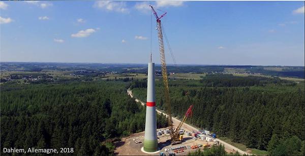 éolienne_en_construction.png