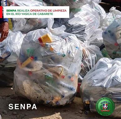 Operativo de limpieza en la boca del río Yasica del municipio de Cabarete de Puerto Plata