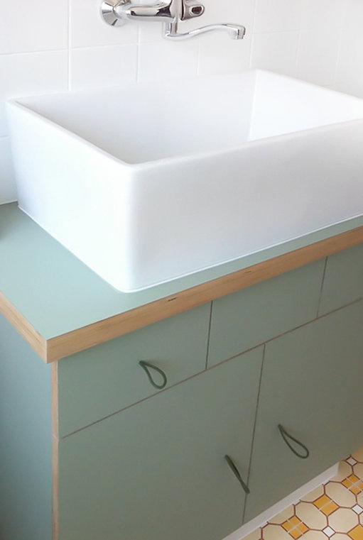 רהיט אמבטיה ירוק1.jpg