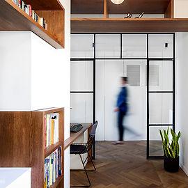 חדר עבודה זווית 1.jpg